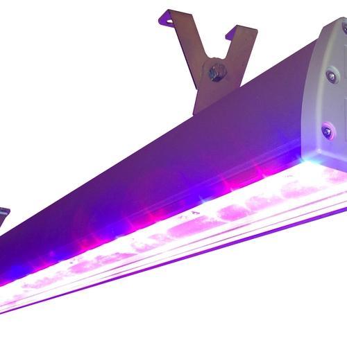 Светодиодный фитосветильник с универсальным спектром SSO-220/48-05.2(FGO-UP) Спектр светильников сбалансирован для универсального применения. Может использоваться как для досветки зеленых овощных культур, так и для плодоносящих. Оптимально - для досветки рассады перед высадкой в грунт и для выращивания цветочных культур.