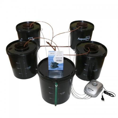 Гидропонная система AquaPot Quatro.  Предназначена для выращивания одно- и многолетних растений в теплицах, оранжереях и в домашних условиях. Совмещенная система гидропоники (глубоководная культура и капельный полив) на четыре растения, с дополнительным баком для смены раствора. Сочетает в себе простоту и эффективность метода  глубоководной культуры с преимуществами капельного полива. В системе автоматически поддерживается одинаковый уровень и состав раствора во всех ёмкостях.