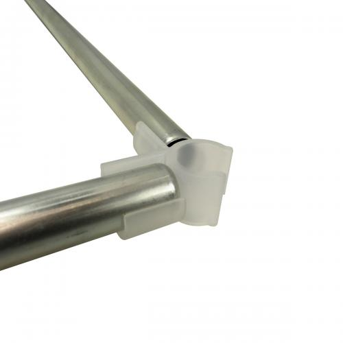 D19 mm Space Booster Kit 90 cm Комплект Space Booster Kit состоит из 4-х пластиковых уголоков-зажимов и 4-х стальных трубок.