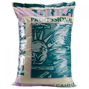 CANNA Terra Professional 25 L CANNA Terra Professional – это натуральный продукт однородной структуры, защищенный от вредных вирусов и заболеваний почвы. У CANNA Terra Professional сложная водно-воздушная система, создающая условия, идеальные практически для любого способа выращивания. После использования CANNA Terra Professional можно использовать в качестве добавки к почвосмеси.