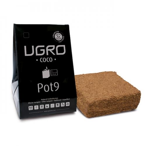 Кокосовый субстрат UGro Pot 9 UGro Pot 9 представляет собой 900 граммовый брикет кокосового субстрата, упакованного в устойчивый к воздействию ультрафиолетовых лучей пластиковый контейнер для выращивания (grow bag) с дренажными отверстиями в основании.